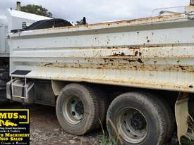 2000 Mitsi FV517KW Tandem Axle Tipper.  TS456 - picture2' - Click to enlarge