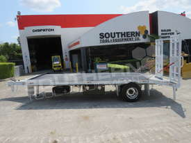 Single Axle Tag Trailer 11 Ton Custom White ATTTAG - picture1' - Click to enlarge