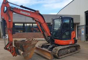 2013 KUBOTA KX057-4 WITH FULL CABIN, HITCH AND BUCKETS. 3090 HOURS