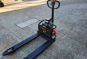 Heli CBD15J-LI Lithium Powered 1500kg Electric power pallet jack