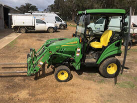 John Deere 1025R FWA/4WD Tractor - picture1' - Click to enlarge