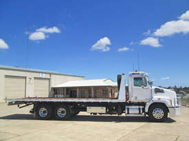 Western Star 4700 Tilt tray Truck - picture2' - Click to enlarge