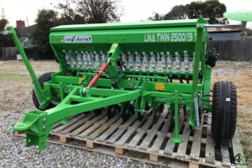 AGROLEAD   LINA 3000/23T
