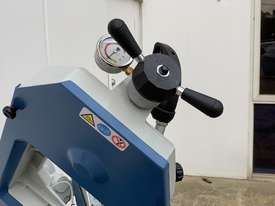 Industrial 245mm x 180mm Mitre Cutting Bandsaw & Stand 240V or V Made in Taiwan - picture1' - Click to enlarge