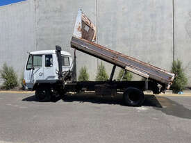 Mitsubishi FK417 Tipper Truck - picture0' - Click to enlarge