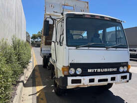 Mitsubishi FK417 Tipper Truck - picture1' - Click to enlarge
