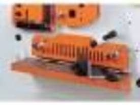 Sunrise 80 Ton Hydraulic Punch and Shear - picture5' - Click to enlarge