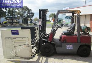 Nissan forklift with carton clamp for hire