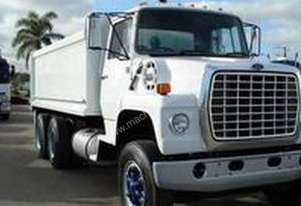 Ford   LNT8000 LOUISVILLE
