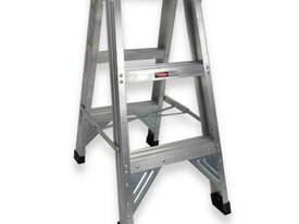 0.9M ALUMINIUM DOUBLE SIDED STEP LADDER