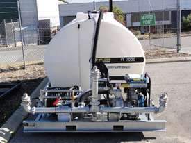 WELDING SOLUTIONS PT7000 Skid mounted water - picture3' - Click to enlarge