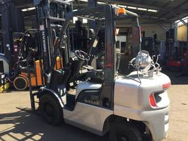NISSAN Forklift 2.5Ton 4.3m Lift fully Refurbished - picture2' - Click to enlarge