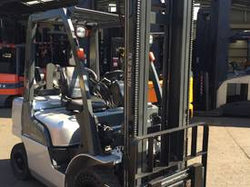 NISSAN Forklift 2.5Ton 4.3m Lift fully Refurbished - picture0' - Click to enlarge