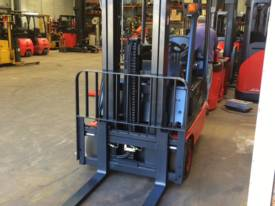 Linde  T16 Low Hours Great Con 5.4m - picture7' - Click to enlarge