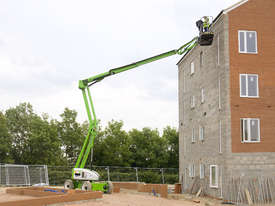 HR17 Hybrid 4x4 Self Propelled Boom Lift - picture5' - Click to enlarge