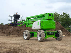 Nifty HR17 Hybrid 4x4 Self Propelled Boom Lift - compact and low weight - picture2' - Click to enlarge
