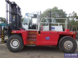 High Capacity Forklift Truck