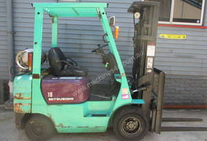 Mitsubishi 1.8 ton Container Mast Cheap Used Forklift