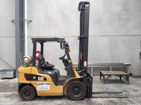 Caterpillar 25 2.5t Forklift - picture0' - Click to enlarge
