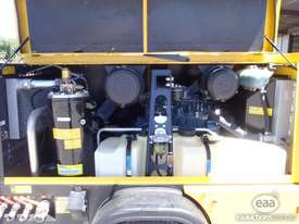 Kaeser M100 Trailer Mounted Compressor - 375CFM - picture2' - Click to enlarge