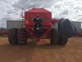 Seed Hawk Unknown Air Seeder Complete Single Brand Seeding/Planting Equip - picture4' - Click to enlarge