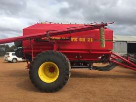 Seed Hawk Unknown Air Seeder Complete Single Brand Seeding/Planting Equip - picture5' - Click to enlarge
