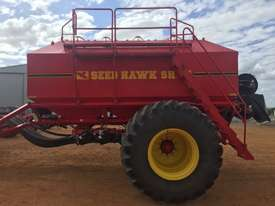 Seed Hawk Unknown Air Seeder Complete Single Brand Seeding/Planting Equip - picture8' - Click to enlarge