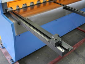 1270mm x 3.5mm Power Guillo, Backgauge Incl - picture13' - Click to enlarge