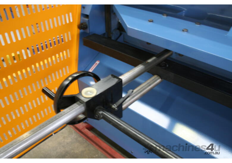 1270mm x 3.5mm Power Guillotine with Calibrated Backguage Volt