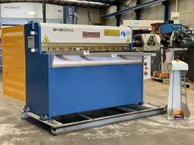 1270mm x 3.5mm Power Guillotine with Calibrated Backguage Volt - picture0' - Click to enlarge