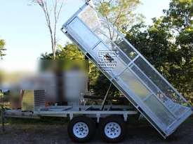 New Tipping Trailer, good quality & well built. EMUS NQ - picture0' - Click to enlarge