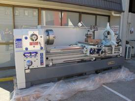 � 560mm Swing Centre Lathe, 104mm Spindle Bore, up to 4m BC - picture2' - Click to enlarge