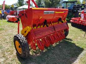 2018 AGROMASTER BM 12 SINGLE DISC SEED DRILL (2.5M) - picture0' - Click to enlarge