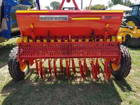 2018 AGROMASTER BM 12 SINGLE DISC SEED DRILL (2.5M) - picture1' - Click to enlarge