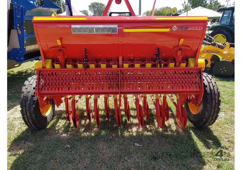 2018 AGROMASTER BM 12 SINGLE DISC SEED DRILL (2.5M)