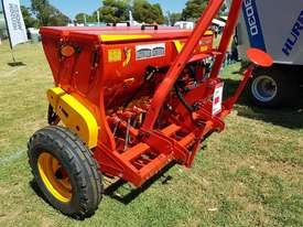 2018 AGROMASTER BM 12 SINGLE DISC SEED DRILL (2.5M) - picture3' - Click to enlarge