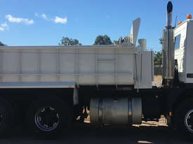 Volvo FM12 Tandem Tipper, rebuilt engine, new paint, Call EMUS - picture1' - Click to enlarge