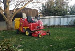 Gianni Ferrari   Ride on Mower