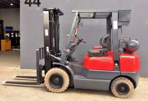 TCM FD25Z5 2.5 Tonne FLAMEPROOF container mast forklift