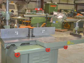 Heavy duty Sliding Table  spindle moulder - picture14' - Click to enlarge