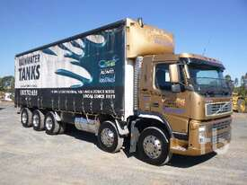 VOLVO FM380 Tautliner Truck - picture0' - Click to enlarge