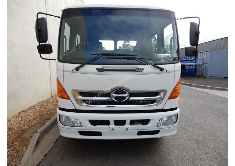Hino FD 1024-500 Series Tipping tray Truck