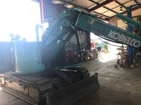 kobelco 8 Tonne Excavator with Buckets for HIRE - picture3' - Click to enlarge