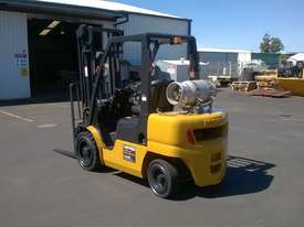 Nissan 3T Used LPG Forklift UGL02A30U - picture2' - Click to enlarge