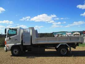 Hino FC 1022-500 Series Tipper Truck - picture6' - Click to enlarge