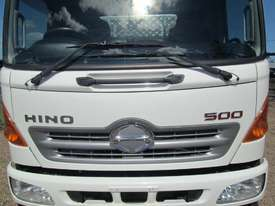 Hino FC 1022-500 Series Tipper Truck - picture8' - Click to enlarge