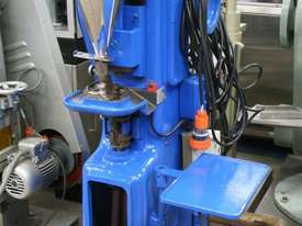 Tablet Press - picture0' - Click to enlarge
