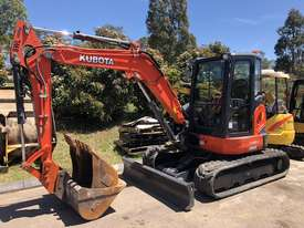SOLD---4.8 Ton KUBOTA Excavator - picture0' - Click to enlarge