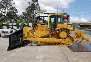 Caterpillar D6T XL Dozer SU Blade 2012 with Stick Rake DOZCATRT