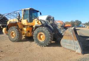 Volvo   L180G Wheel Loader